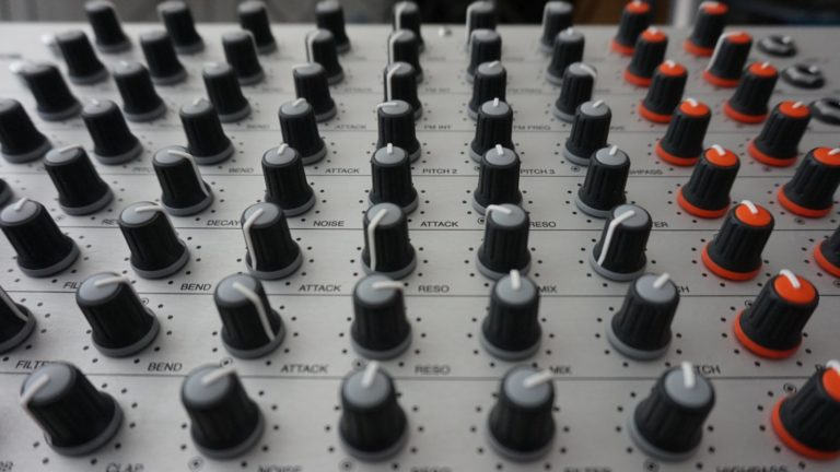 Vermona-DRM-MKIII drum sample pack
